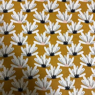 Tissu coton imprimé fleurs moutarde