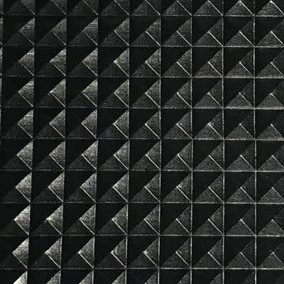 Pyramide Noir Simili Cuir
