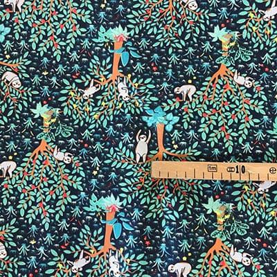 Tissu coton imprimé paresseux vert mètre